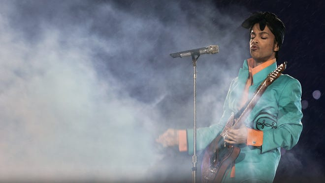 Prince in February 2007 at the Super Bowl.