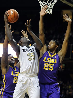 Vanderbilt's James Siakam shoots against LSU last Saturday, when the Commodores blew an eight-point lead in the final five minutes and lost 79-75 in overtime.