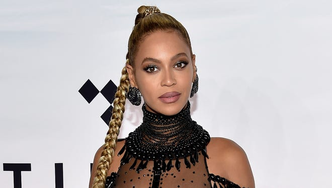 "The estate of slain YouTube star Anthony ""Messy Mya"" Barré is suing Beyoncé for allegedly using his voice at the beginning of 'Formation' without credit or payment."