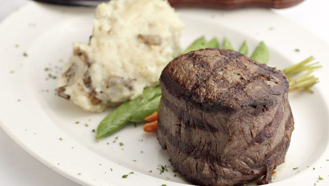 After 14 years in business, the Phoenix location of Donovan's Steak & Chop House has closed its doors.