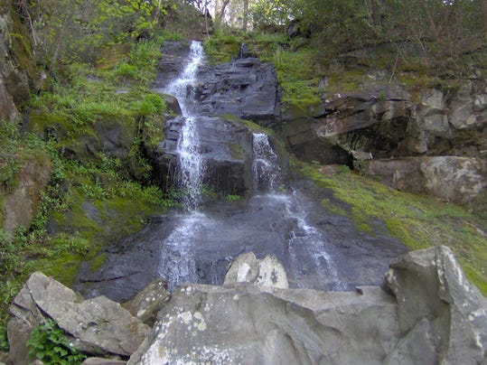 Hen-wallow-falls-gsmnp1