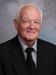 Midland College golf coach Delnor Poss