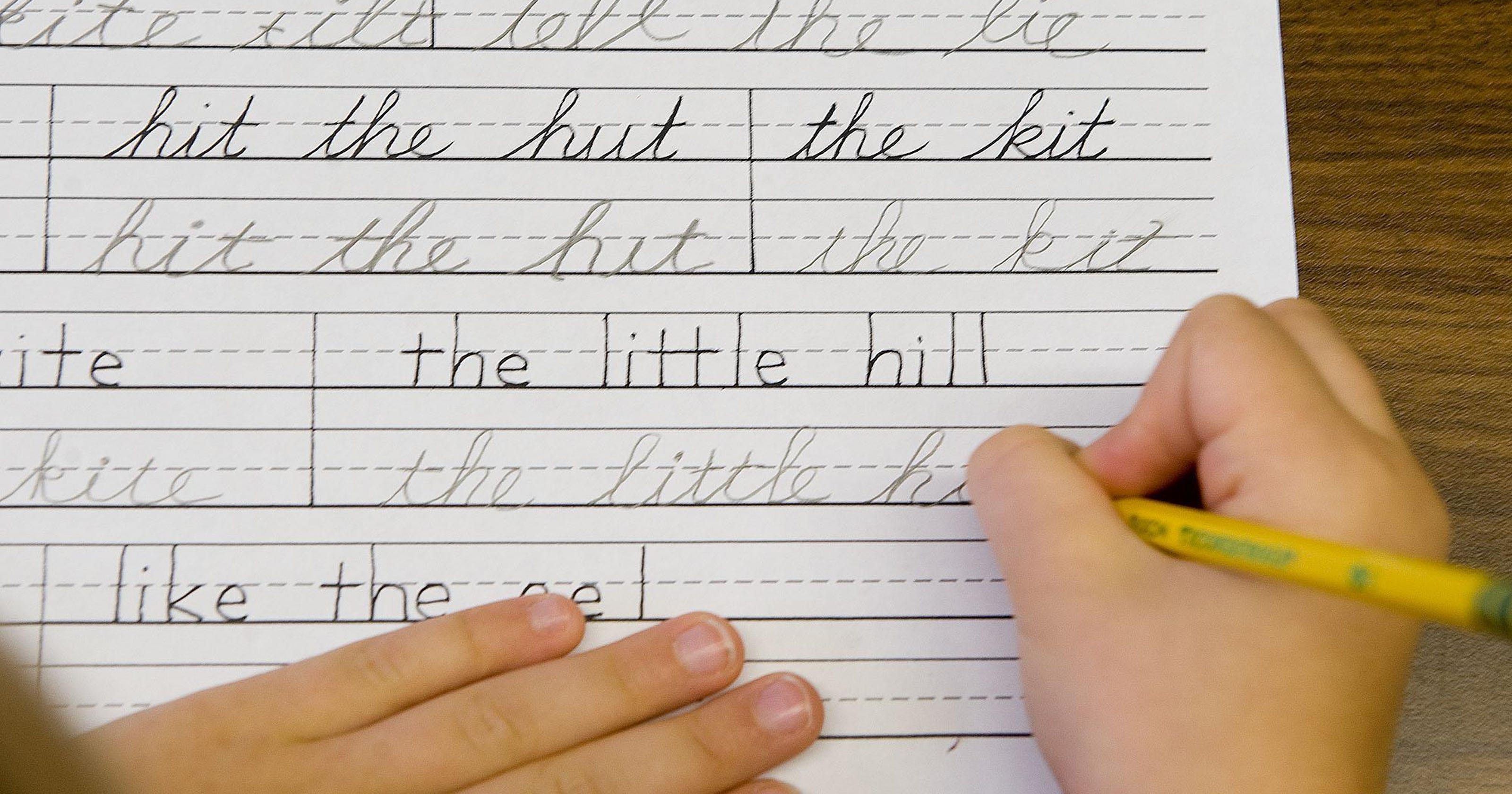 Ohio students could learn cursive writing again