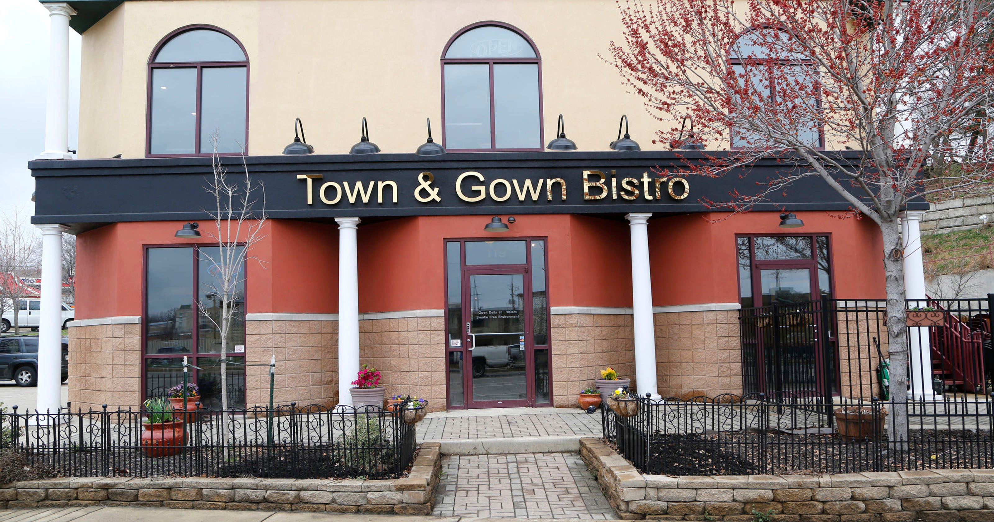 Town & Gown Bistro brings new life to old spot