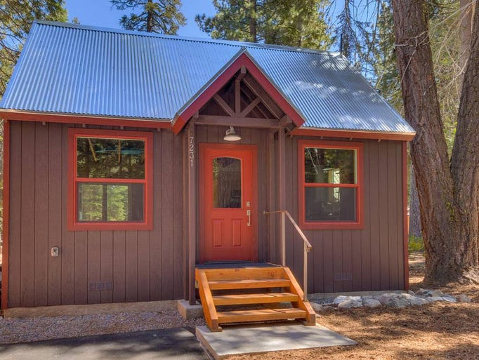 Dream homes for sale in lake tahoe for Luxury homes for sale in lake tahoe