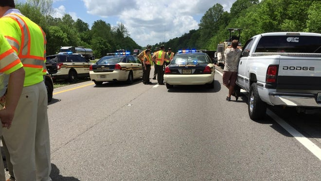 Scene of fatal wreck in Hickman County on Interstate 40