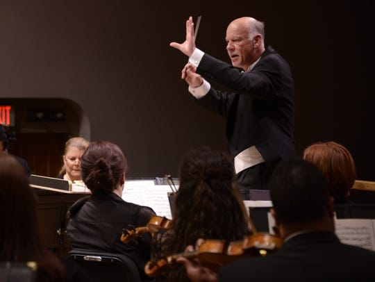 LCSO conductor Lonnie Klein works to expose as many