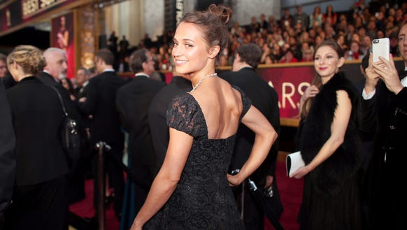 Alicia Vikander showed off her toned physique at the