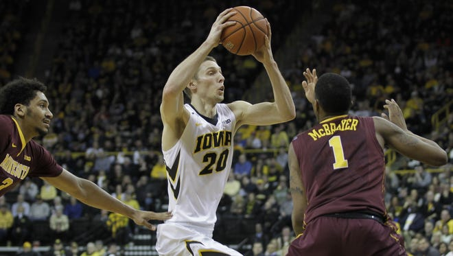 Iowa's Jarrod Uthoff drives into the lane during the Hawkeyes' win against Minnesota.
