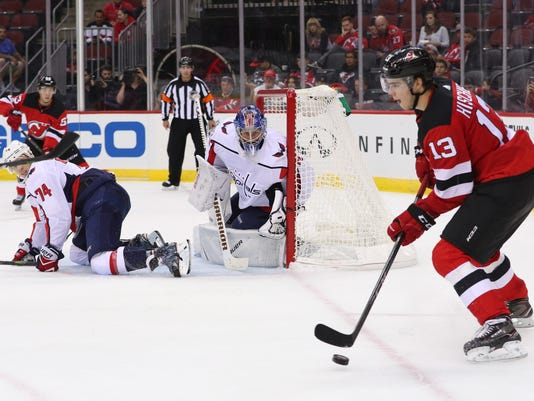NHL: Preseason-Washington Capitals at New Jersey Devils