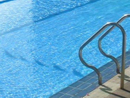 635769760685585207-swimming