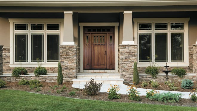 You can personalize your window or door with options that bring added beauty and performance. Try out different stains and finishes, add stylish brass or nickel hardware, or select between-the-glass blinds, shades or grilles.