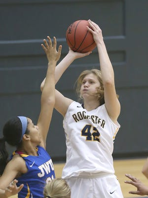 Alexandra Leslie leads the Yellowjackets in scoring and rebounding and was the co-player of the year in the UAA.