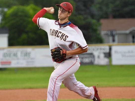 Stuarts Draft Diamondbacks' Chris Henkel delivers a