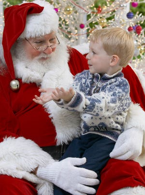 Find out where to see and get a photo with Santa Claus in metro Phoenix.