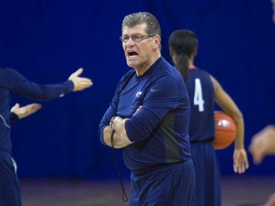 UConn women's basketball coach Geno Auriemma instructs his team during practice at Alico Arena on Wednesday, November 26, 2014.