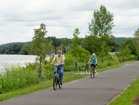 20150827_Waterfront_Trail_sw