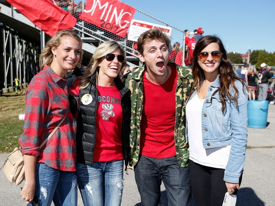 Manitowoc Minute's Charlie Berens dropped by to greet