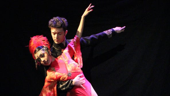 Featured performer Lesley Lopez, left, and University