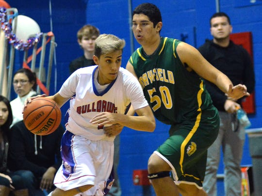 LCHS guard Sam Silva drives against Mayfield's Jalen