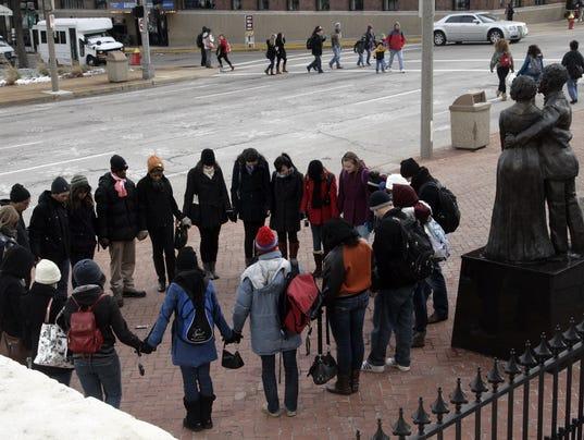St. Louis, MO, ARCH, Fredrick Douglas, URBANA, Student, InterVarsity, Prayer,