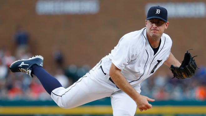 Detroit Tigers pitcher Jordan Zimmermann throws against the Baltimore Orioles in the first inning Saturday, Sept. 10, 2016.
