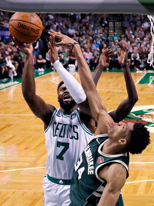 Bucks_Celtics_Basketball_94211.jpg