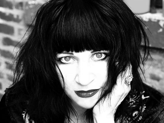 Lydia Lunch teamed with Spiritual Front and Cypress Grove on the album Twin Horses.