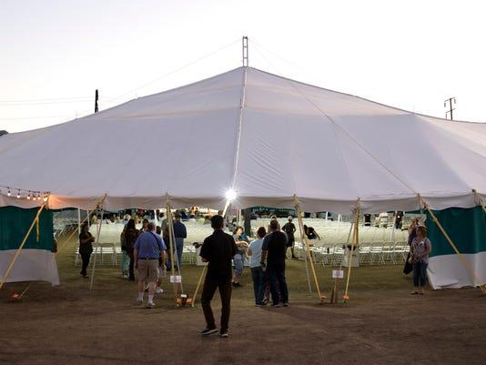 636445407706438009-traviling-tent-02.JPG