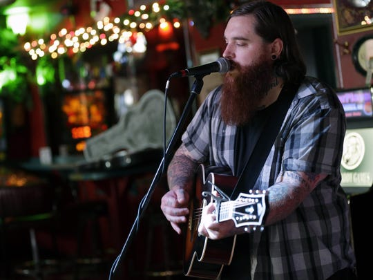 Fox Cities singer-songwriter Christopher Gold will