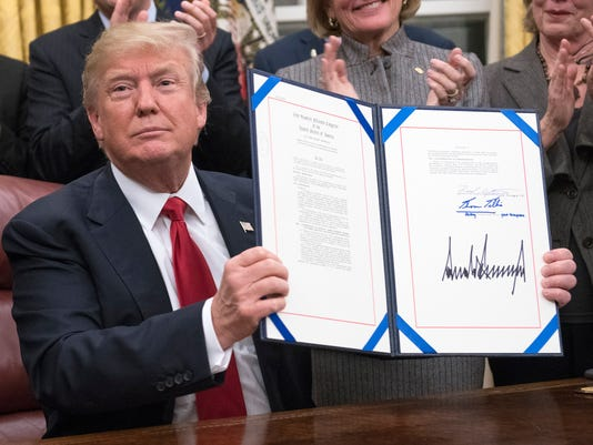 Trump Signs Anti-Opioid Bill