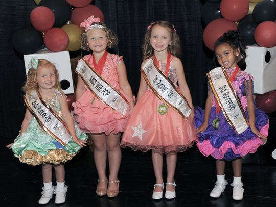 From left, Second Runner-Up Shyanna McCarthy, Miss