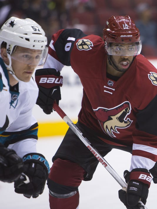 size 40 904d8 2c44d Youth on display in Arizona Coyotes season opener