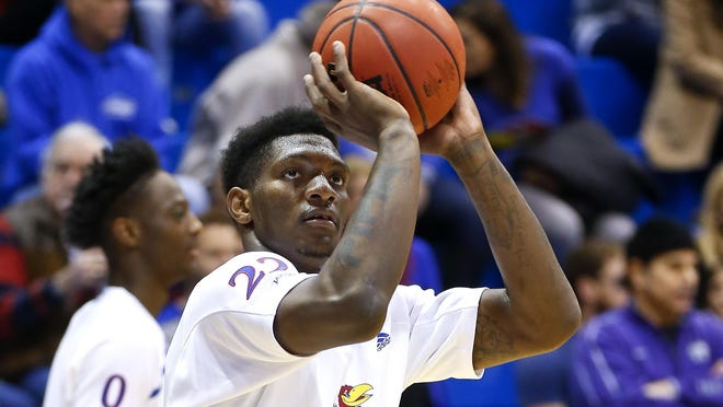 Silvio De Sousa has opted out of the 2020-21 season and has left the Kansas men's basketball program, the senior forward announced Friday in a social media post.