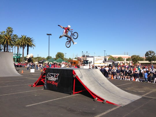 BMX Pros Trick Team.