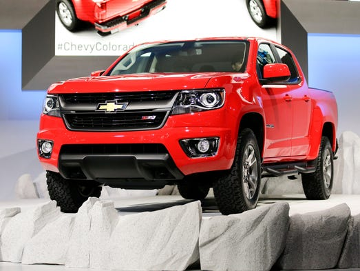 chevrolet colorado camaro awarded motor trend car and truck of the year. Black Bedroom Furniture Sets. Home Design Ideas