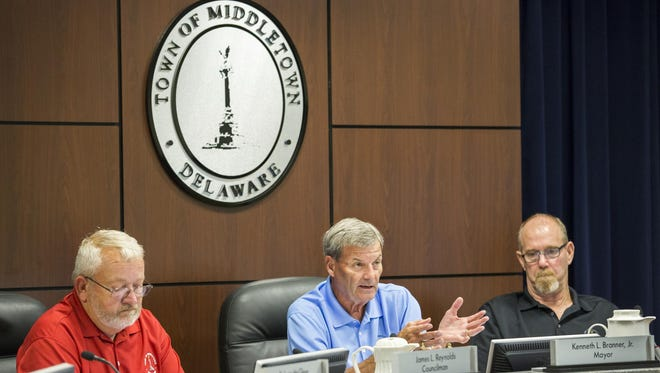 Mayor Kenneth Branner Jr. discusses the proposal for a sports complex in the town during the Middletown Town Council meeting.