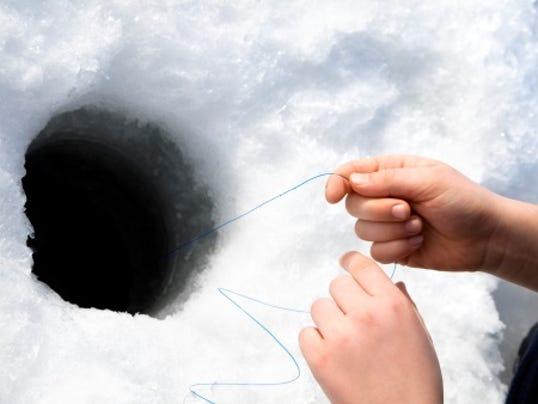 webart sports ice fishing