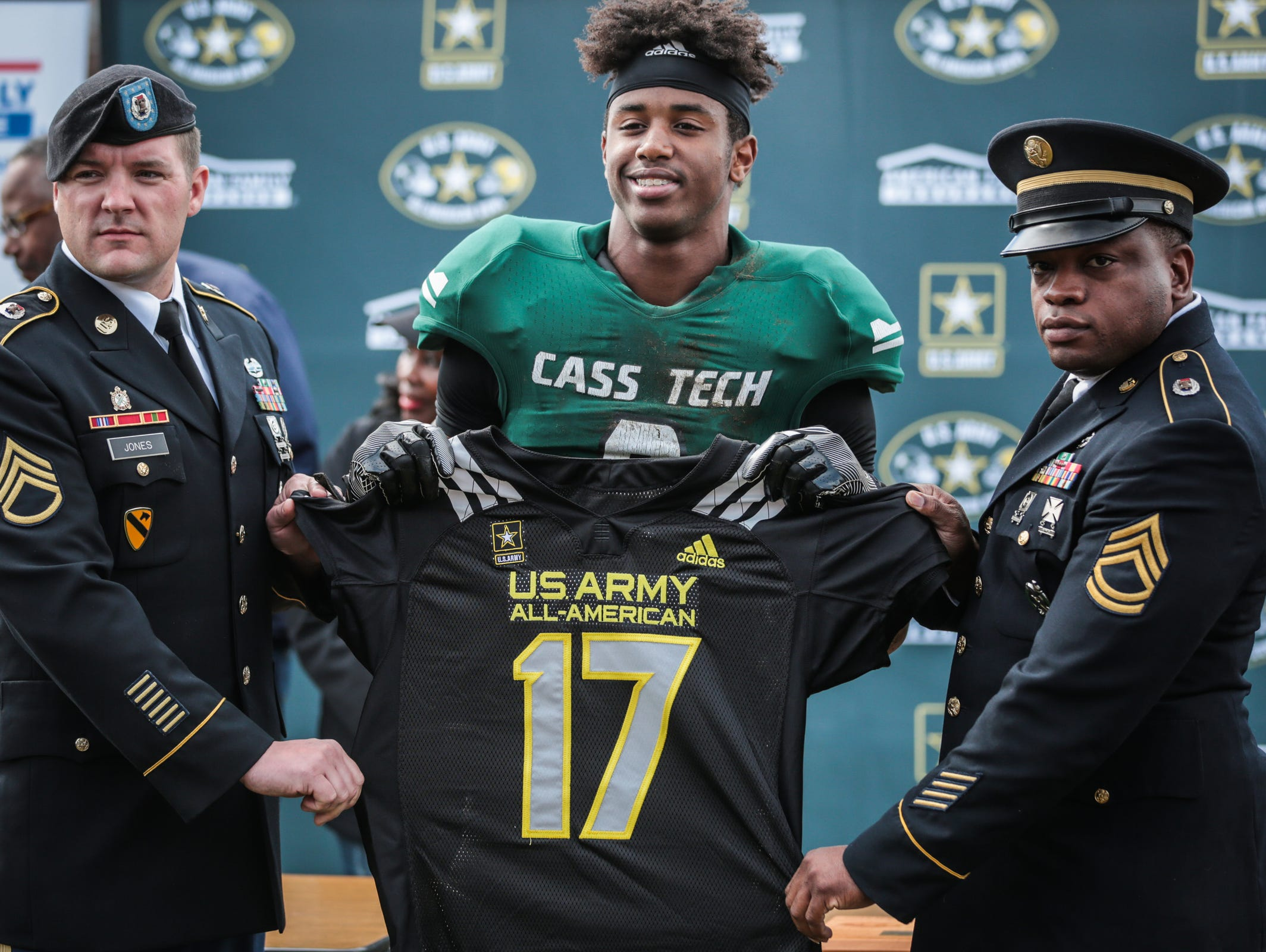 Detroit Cass Tech's Donovan Peoples-Jones is honored as a 2017 U.S. Army All-America during halftime against Detroit King on Saturday, October 1, 2016, in Detroit.