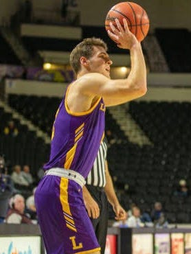 Lipscomb freshman guard Carson Cary, who ended his Columbia Academy career as the school's all-time leading scorer, finished with 12 points on four-of-six shooting from 3-point range Thursday night as the Bisons opened Atlantic Sun Conference play with a 66-63 win at Stetson.