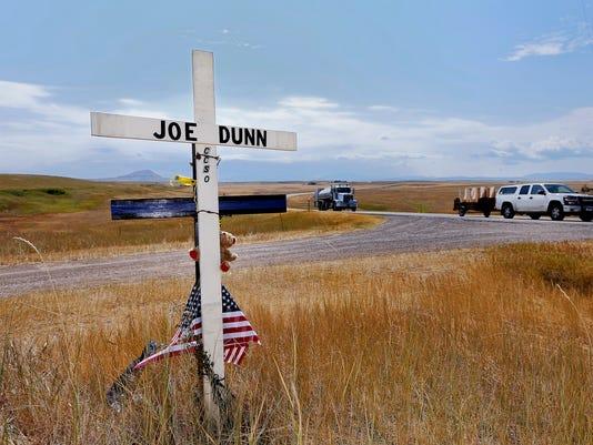 -joe dunn memorial.jpg_20140820.jpg