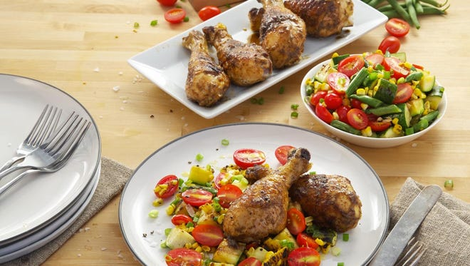 A new program at Winn-Dixie offers $10 family meals focusing on seasonal ingredients.