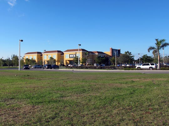 Twin Peaks restaurant is planned on this vacant outparcel adjacent to Dick's Sporting Goods on Naples Boulevard in North Naples.