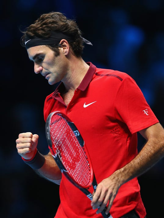 Roger Federer cruised by Milos Raonic in straight sets in his opening ...