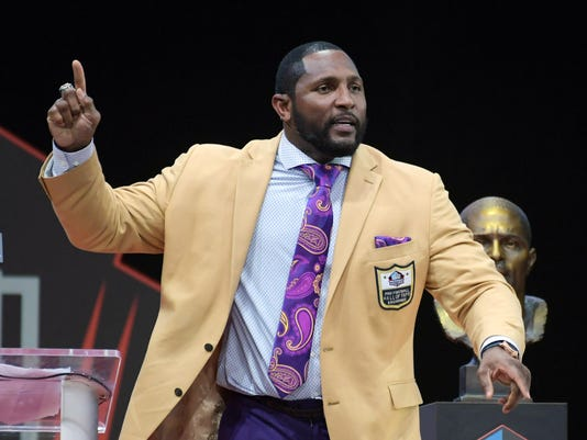 new style a3521 d167b Ray Lewis preaches, embarrasses his kid during Hall of Fame ...