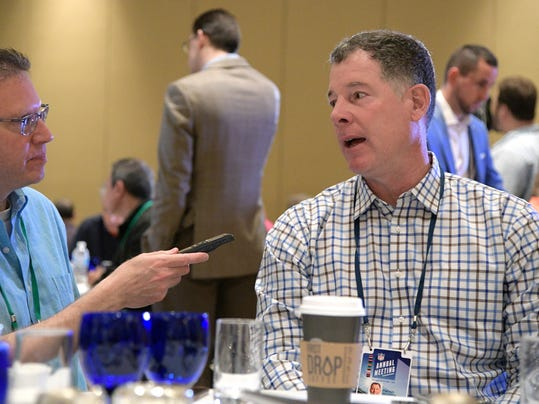 New York Giants head coach Pat Shurmur, right, talks with a reporter at the coaches breakfast during the NFL owners meetings, Tuesday, March 27, 2018 in Orlando, Fla. (Phelan M. Ebenhack/AP Images for NFL)