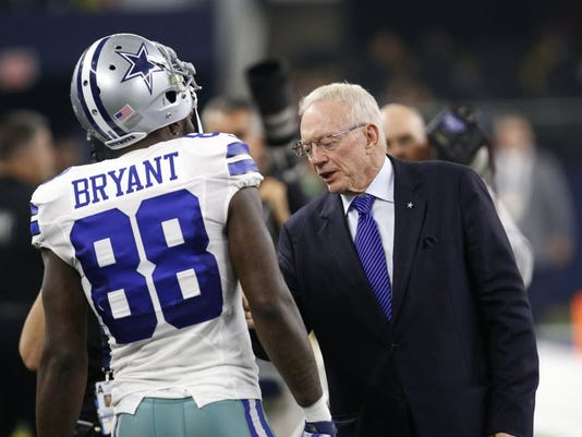 Jerry Jones has allowed the Dallas Cowboys to turn into Team Dysfunction