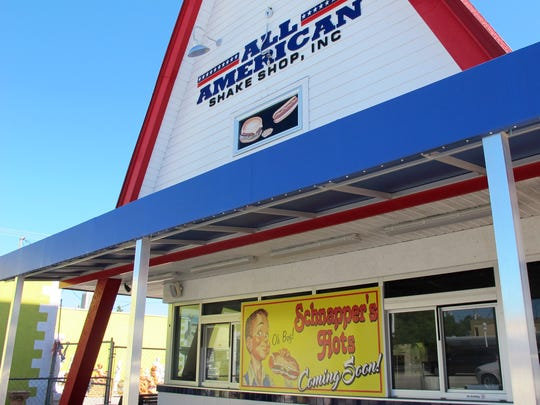 Schnapper's Hots, a longtime Sanibel Island eatery, is planning to open a second location March 1 in the tiny red A-frame on U.S. 41 in Naples that hosted Dairy Queen for decades and most recently All American Shake Shop.