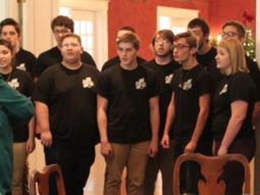 LAN COM LHS Choir Kiwanis 1223.jpg