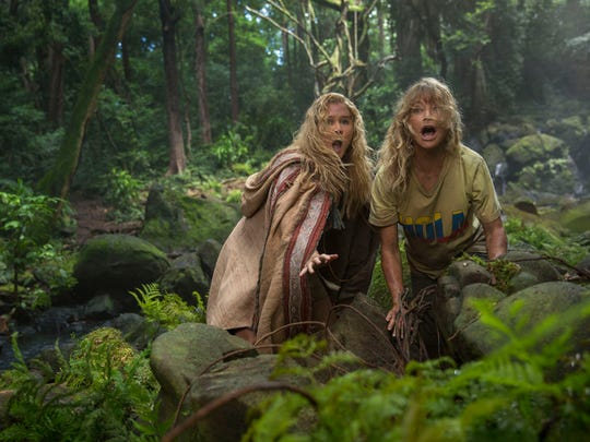"""Think your vacation was the worst? Check out what happens in """"Snatched,"""" in which Amy Schumer and Goldie Hawn play a mother and daughter who are kidnapped in Ecuador."""